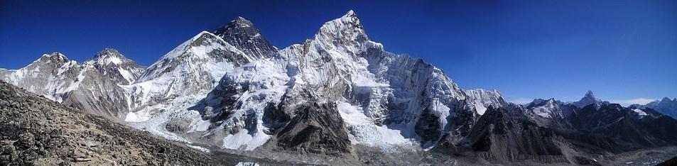 L'ascension de l'Everest pour l'ICO d'ASKfm vire au drame