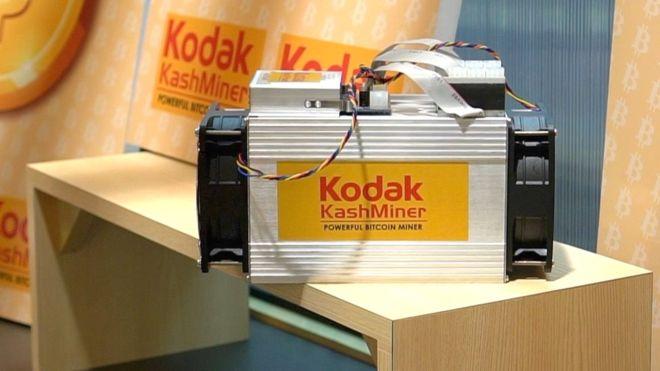 Exposé sur le stand de Kodak lors du CES 2018 à Las Vegas, le mineur de bitcoins Kodak KashMiner promettait un rendement très controversé au sein de la crypto-sphère. Kodak…