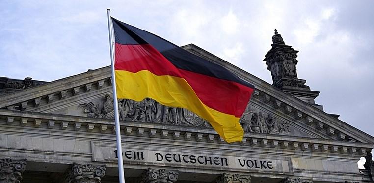 Allemagne – Le ministre fédéral des Finances, Olaf Scholz, a émis des doutes quant au remplacement de la monnaie traditionnelle par les crypto-actifs.  Le ministre allemand des Finances ne…