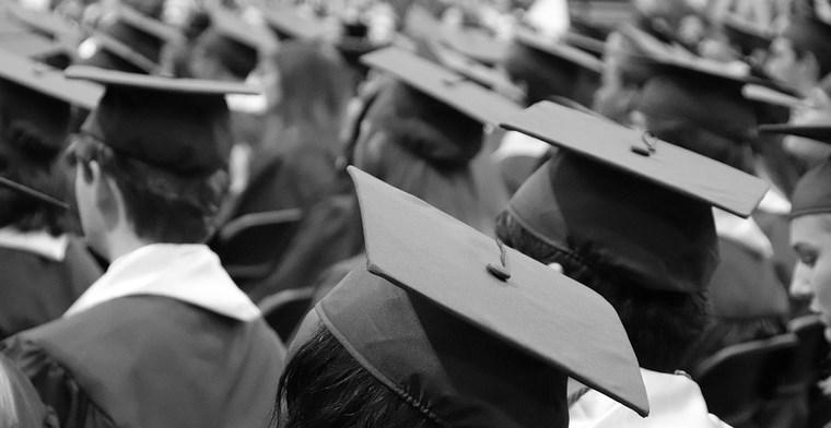 La SP Jain School of Global Management a récemment délivré 1189 diplômes et les a enregistrés dans la blockchain Ethereum. Les futurs employeurs pourront ainsi vérifier l'authenticité des certificats sans…