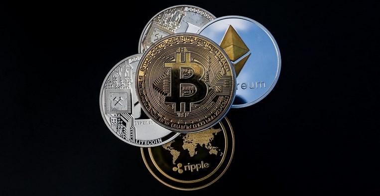 """Lisa Ellis : La crypto est """"potentiellement perturbatrice"""" pour Paypal, Visa et Mastercard"""