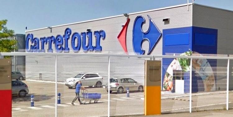 Carrefour ajoute son lait frais aux produits suivis sur la blockchain