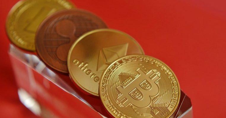 """Niall Ferguson : """"J'avais complétement tort sur la crypto-monnaie"""""""