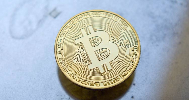 Bitcoin dépasse les 9000$ alors que Facebook devrait bientôt dévoiler sa crypto
