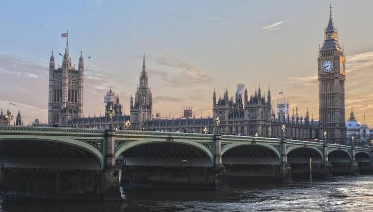 Le Royaume-Uni s'attaque à la fraude liée à la cryptomonnaie
