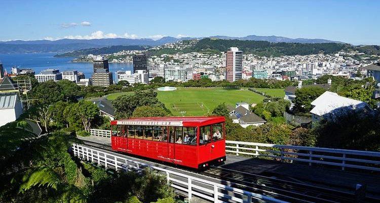 La Nouvelle-Zélande va autoriser ses entreprises à payer leurs salariés en Bitcoin