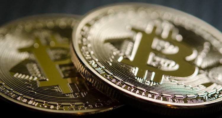 Bitcoin touche les 10 000 dollars pour la première fois en 2020