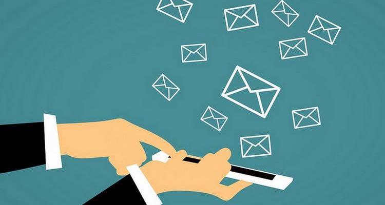 Le CEO de Coinbase protège un système d'envoi de bitcoins par mail
