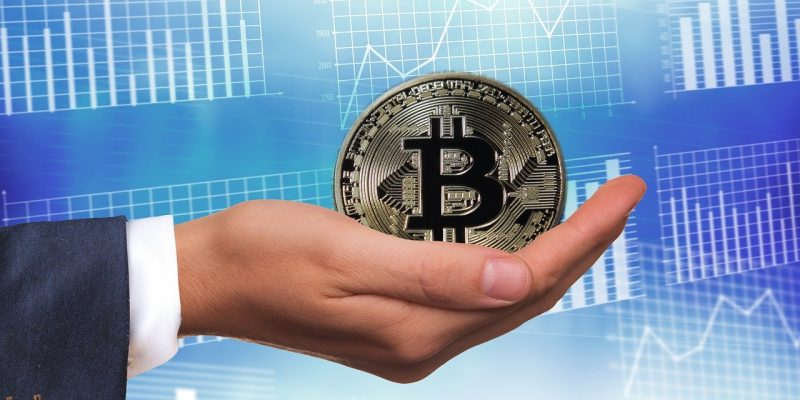 Bitcoin franchit le cap des 12.000 dollars