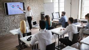 Confrontez les formations et les contenus éducatifs en trading