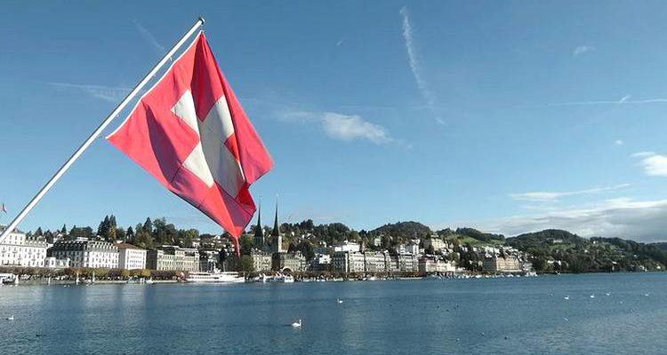Le canton Suisse de Zoug accepte Bitcoin et Ether pour les impôts