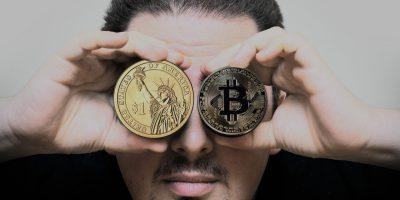 Pièce de dollar ou bitcoin ?
